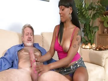 Ebony Babe Gets Cumshot After Sucking White Cock And Fucking